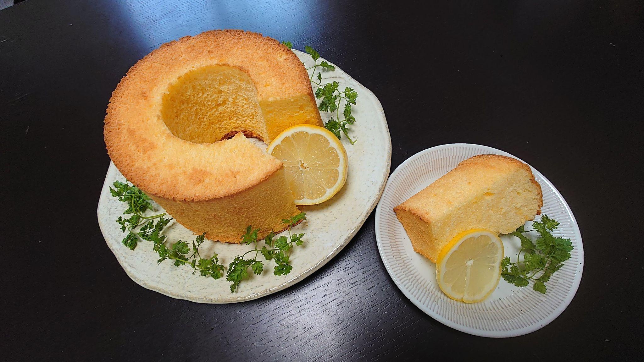 ホールシフォンケーキ